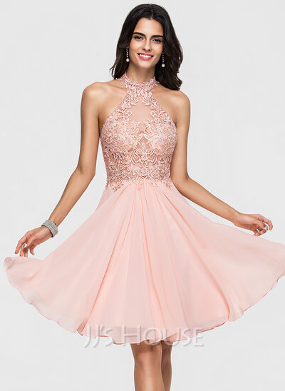 A-Line/Princess Halter Knee-Length Chiffon Homecoming Dress With Lace Beading