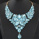 Gorgeous Alloy Resin With Rhinestone Ladies' Fashion Necklace