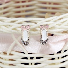 Gorgeous With Rhinestone Ladies' Fashion Earrings