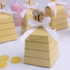 Cuboid Favor Boxes With Ribbons