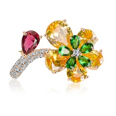Flower Shaped Zircon Copper Platinum Plated Fashion Brooches
