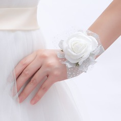 Pretty Round Artificial Silk Wrist Corsage