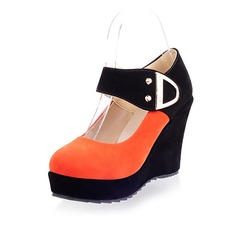 Suede Wedge Heel Pumps Closed Toe Wedges With Buckle shoes (116043071)
