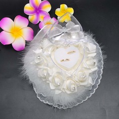 Lovely Ring Box in Satin/Lace With Feather/Loving Hearts