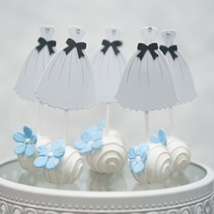 It's a Girl card paper Cake Topper (Sold in a single piece)