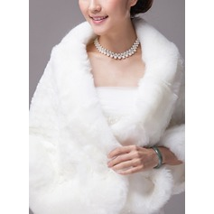 Faux Fur Acrylic Fashion Wrap