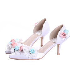 Women's Real Leather Spool Heel Closed Toe Pumps With Flower