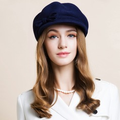 Unisex Classic Autumn/Winter Wool With Bowler/Cloche Hat