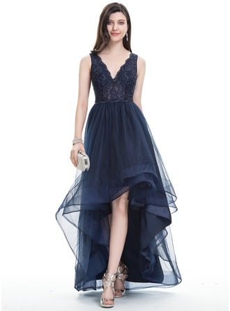 V-neck Asymmetrical Tulle Prom Dresses With Beading