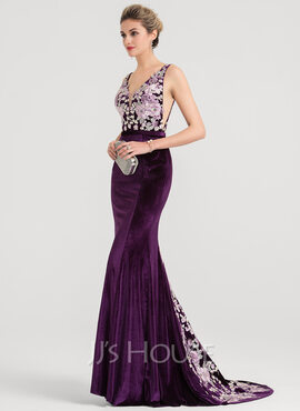 Trumpet/Mermaid V-neck Sweep Train Velvet Evening Dress (017147971)