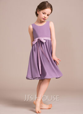 A-Line/Princess Scoop Neck Knee-Length Chiffon Junior Bridesmaid Dress With Bow(s) (268177125)