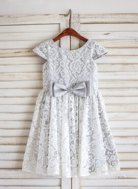 A-Line/Princess Knee-length Flower Girl Dress - Lace Sleeveless Scoop Neck With Bow(s) (010092578)