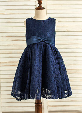 A-Line/Princess Knee-length Flower Girl Dress - Satin/Lace Sleeveless Scoop Neck With Lace/Bow(s)