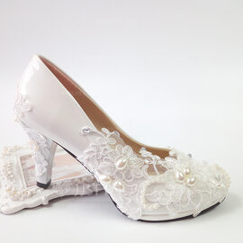 Women's Leatherette Low Heel Closed Toe Pumps With Applique Crystal (047217348)