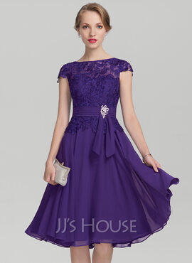 Scoop Neck Knee-Length Chiffon Lace Mother of the Bride Dress With Beading (267188952)