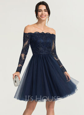 A-Line Off-the-Shoulder Knee-Length Tulle Homecoming Dress With Beading (022204176)