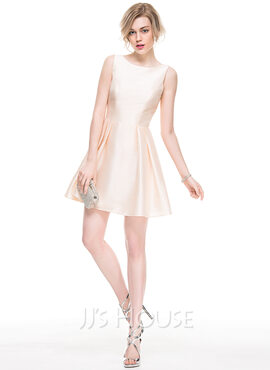 A-Line/Princess Scoop Neck Short/Mini Taffeta Cocktail Dress (270177281)