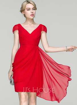 Sheath/Column V-neck Knee-Length Chiffon Cocktail Dress With Ruffle Cascading Ruffles (016094355)