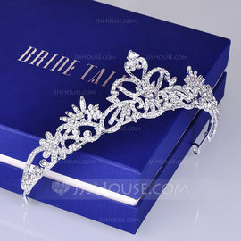 Ladies Beautiful Alloy Tiaras (Sold in single piece) (042203840)