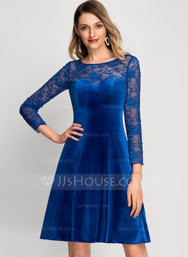 A-Line Scoop Neck Knee-Length Velvet Cocktail Dress With Beading (016212851)