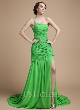 A-Line/Princess One-Shoulder Court Train Chiffon Holiday Dress With Ruffle Beading Split Front (020026036)