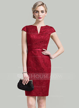 Sheath/Column V-neck Knee-Length Lace Mother of the Bride Dress (008085279)