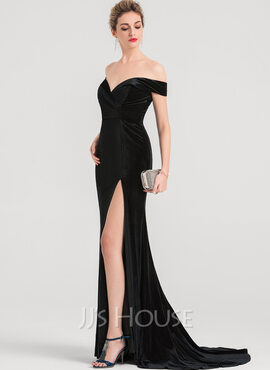 Trumpet/Mermaid Off-the-Shoulder Sweep Train Velvet Evening Dress With Split Front (017147970)