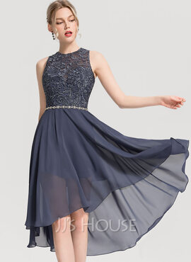 A-Line Scoop Neck Asymmetrical Chiffon Cocktail Dress With Beading (016154238)