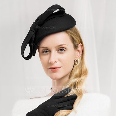 Ladies' Glamourous/Exquisite Wool With Bowknot Beret Hat