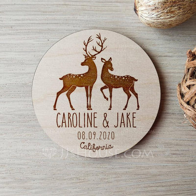 Personalized Lovely Deer Wooden Save-the-date Magnets (Set of 10)