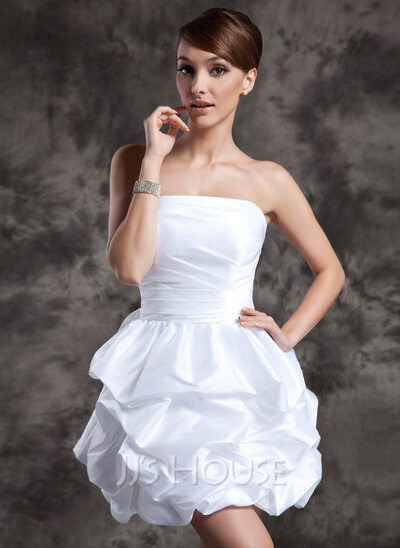 A-Line/Princess Strapless Short/Mini Taffeta Wedding Dress With Ruffle