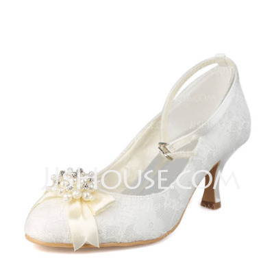 Women's Lace Spool Heel Closed Toe Pumps With Imitation Pearl