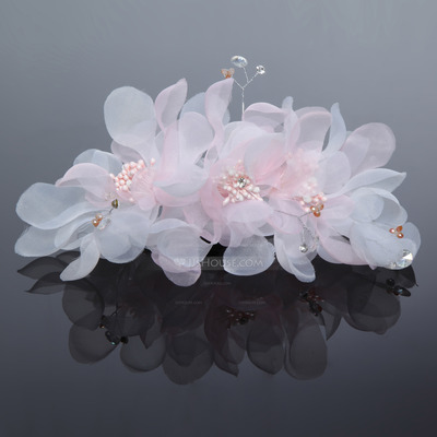 Charming Tulle Flowers & Feathers