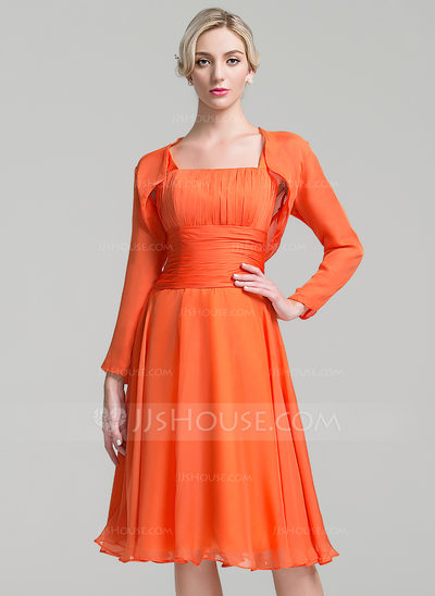A-Line/Princess Square Neckline Knee-Length Chiffon Mother of the Bride Dress With Ruffle Bow(s)