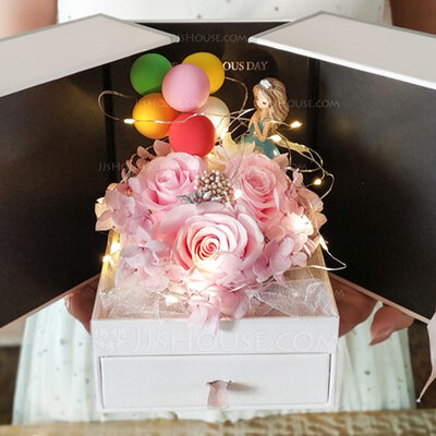 Beautiful Elegant Acrylic Event & Party Supplies (Sold in a single piece)