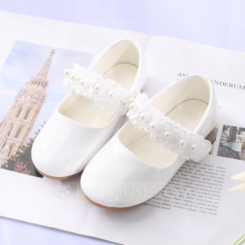 59418f12bbaa Girl s Round Toe Closed Toe Leatherette Flat Heel Flats Flower Girl Shoes  With Stitching Lace Flower. Loading zoom