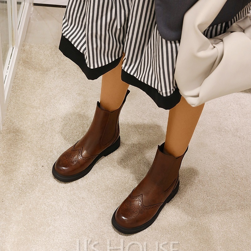 Women's Microfiber Leather Low Heel Mid-Calf Boots Martin Boots Round Toe With Solid Color Breathable shoes