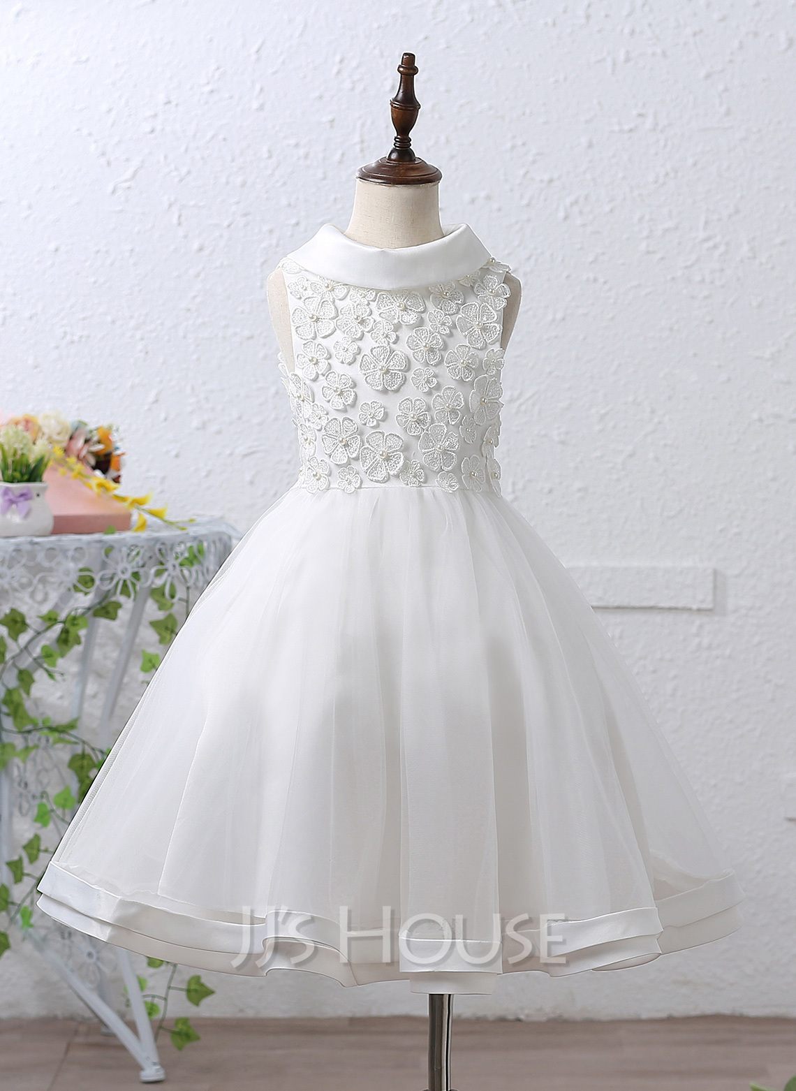 A-Line/Princess Knee-length Flower Girl Dress - Organza Sleeveless Stand Collar With Beading Appliques Bow(s)