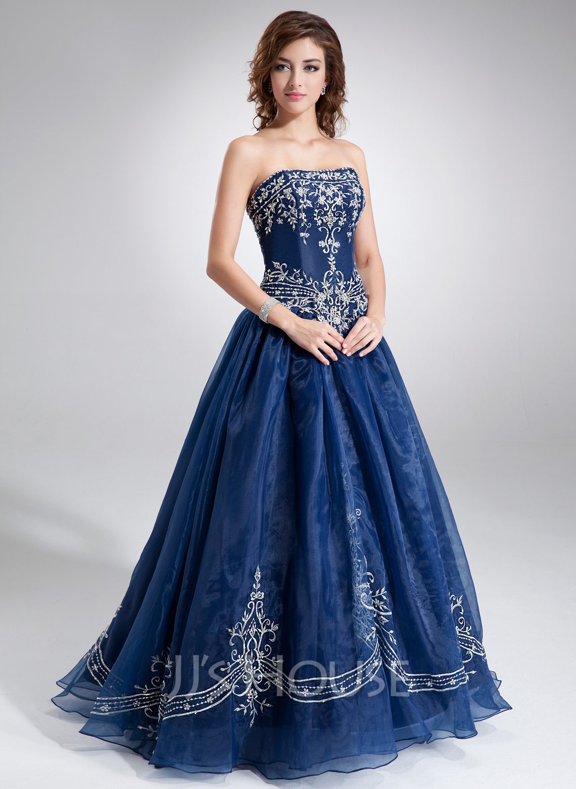 adead6664c1 Ball-Gown Sweetheart Floor-Length Organza Quinceanera Dress With Embroidered  Beading. Loading zoom