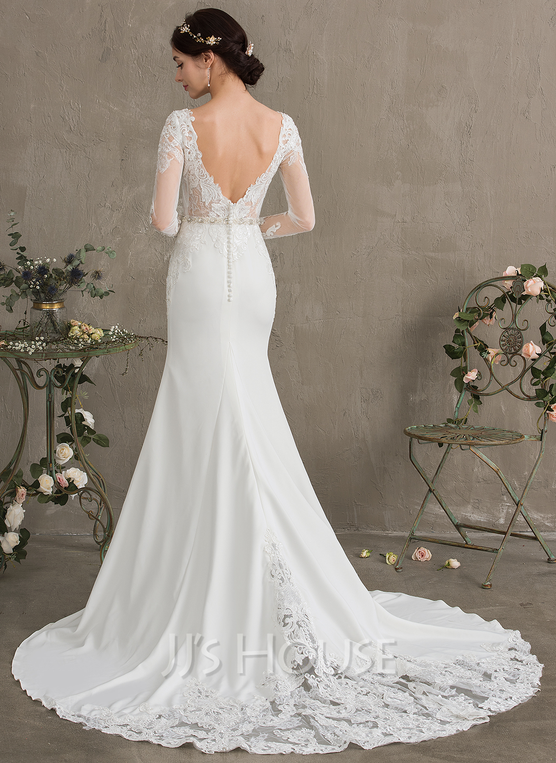 Trumpet/Mermaid Scoop Neck Chapel Train Stretch Crepe Wedding Dress With Beading Sequins