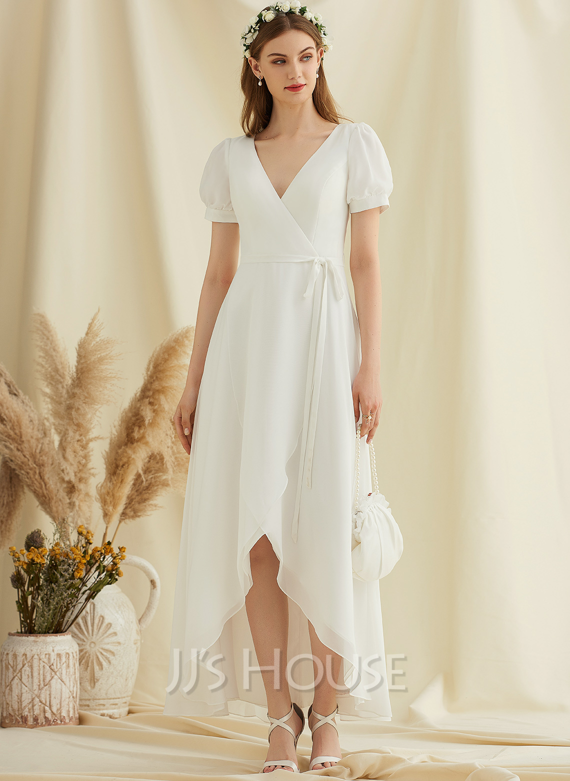 V-neck Asymmetrical Chiffon Wedding Dress