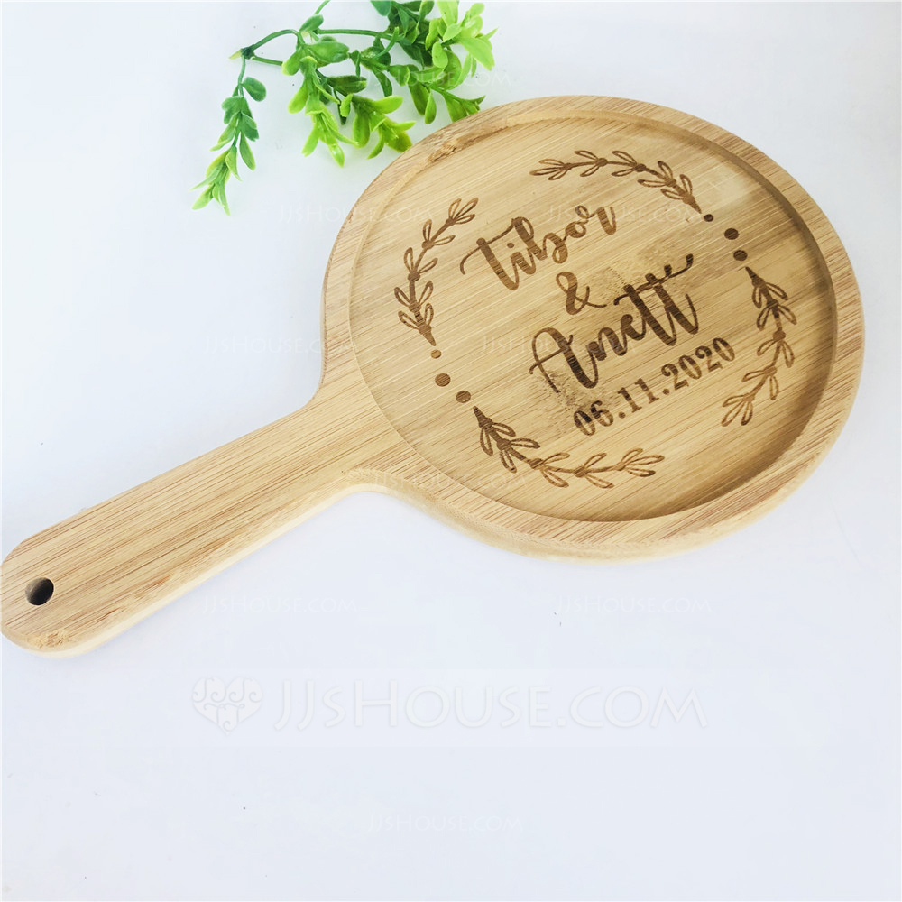 Simple Personalized Wooden Cutting Board