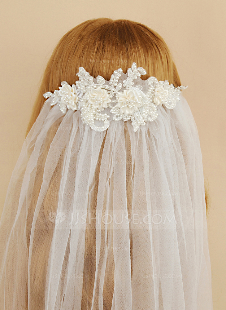 One-tier Cut Edge Fingertip Bridal Veils With Satin Flower/Faux Pearl