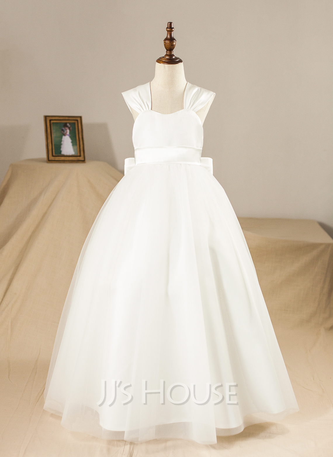 Ball Gown Floor-length Flower Girl Dress - Satin/Tulle Sleeveless Square Neckline With Bow(s)
