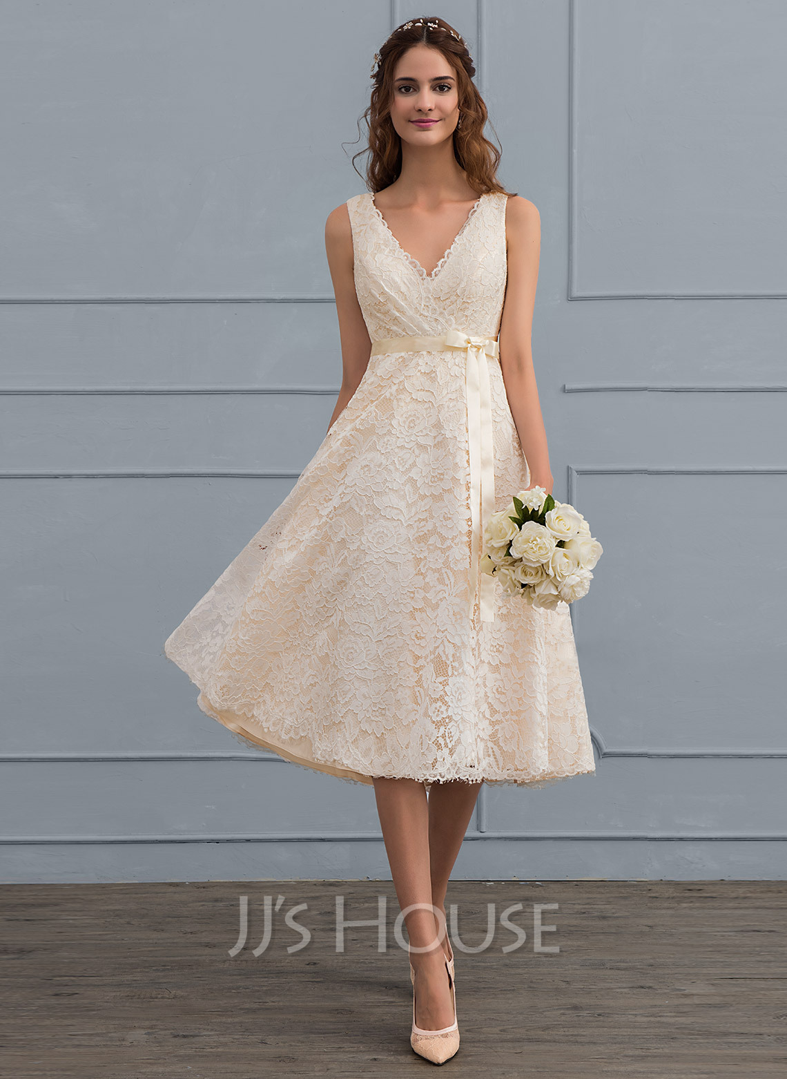 A-Line/Princess V-neck Knee-Length Lace Wedding Dress With Bow(s ...