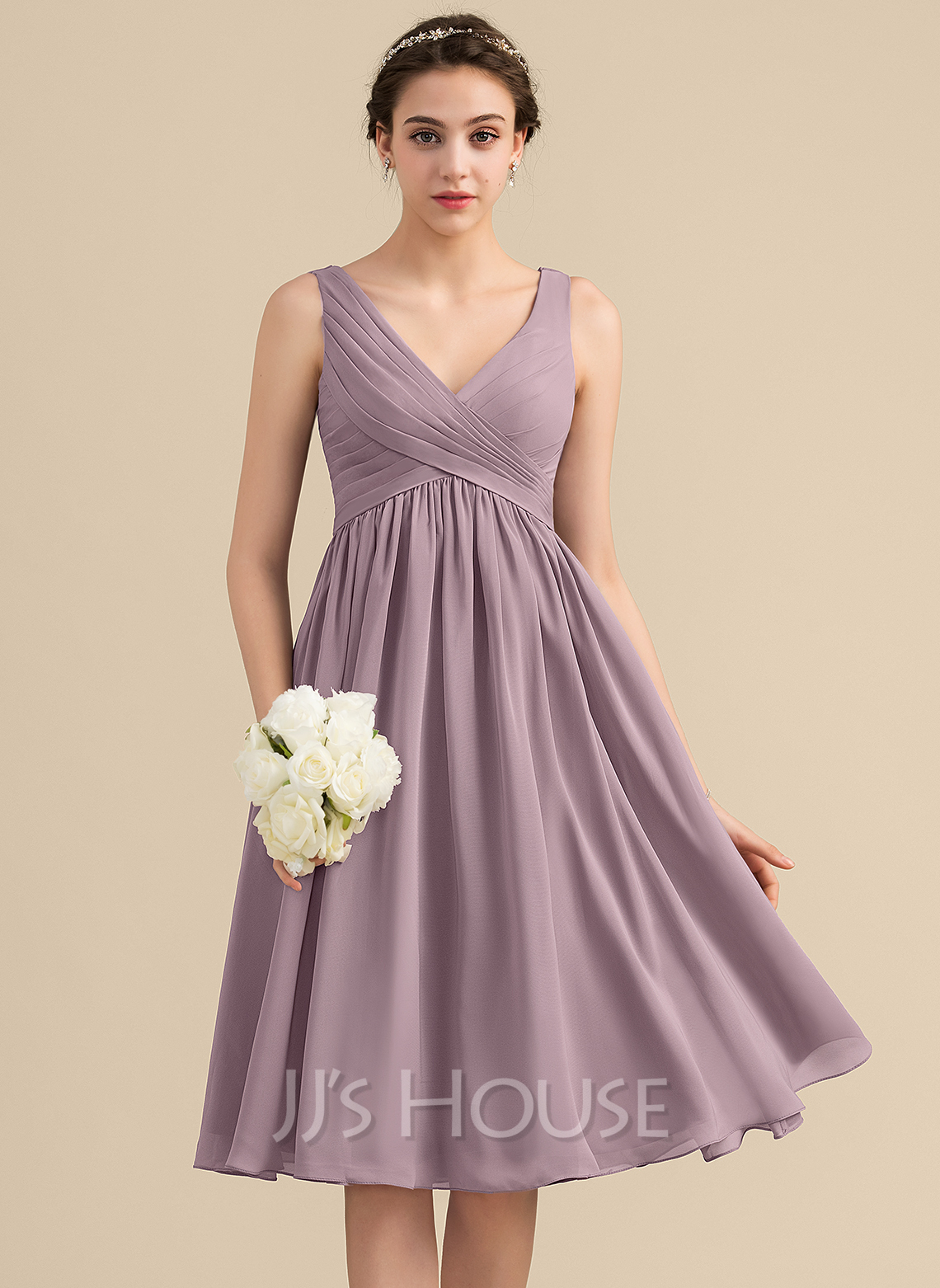 Empire V-neck Knee-Length Chiffon Homecoming Dress With Cascading Ruffles