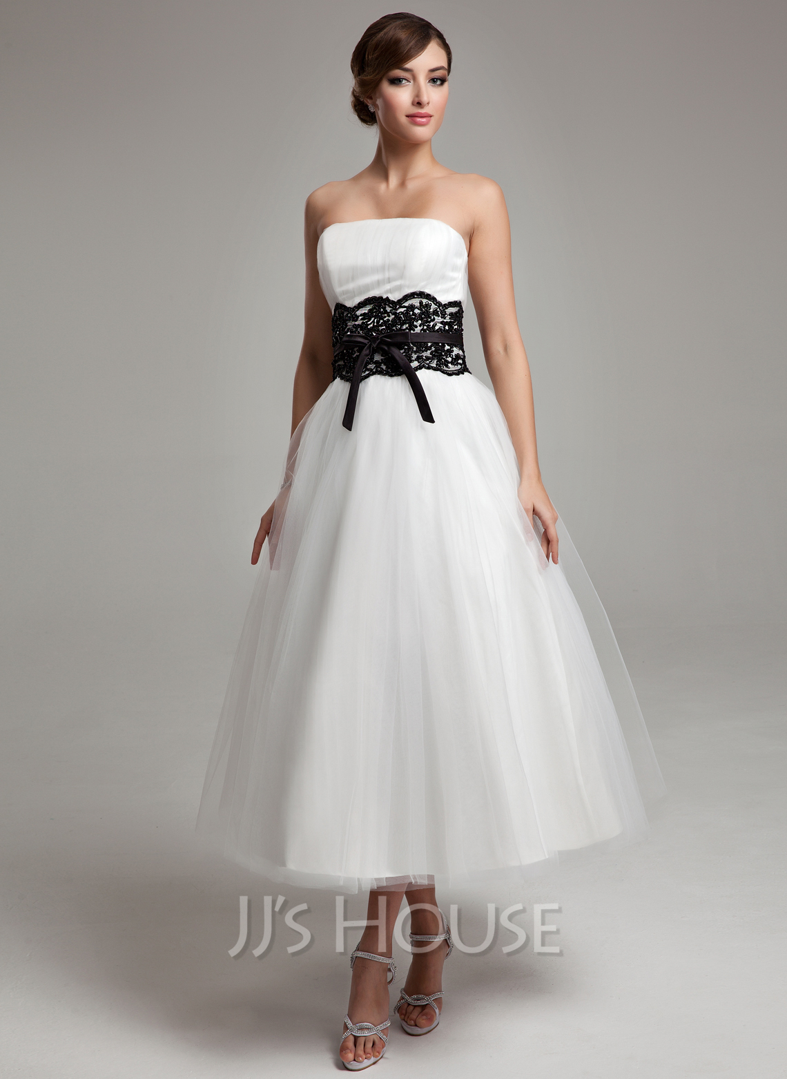 Ball-Gown Strapless Tea-Length Tulle Wedding Dress With Lace Sash Beading Bow(s)