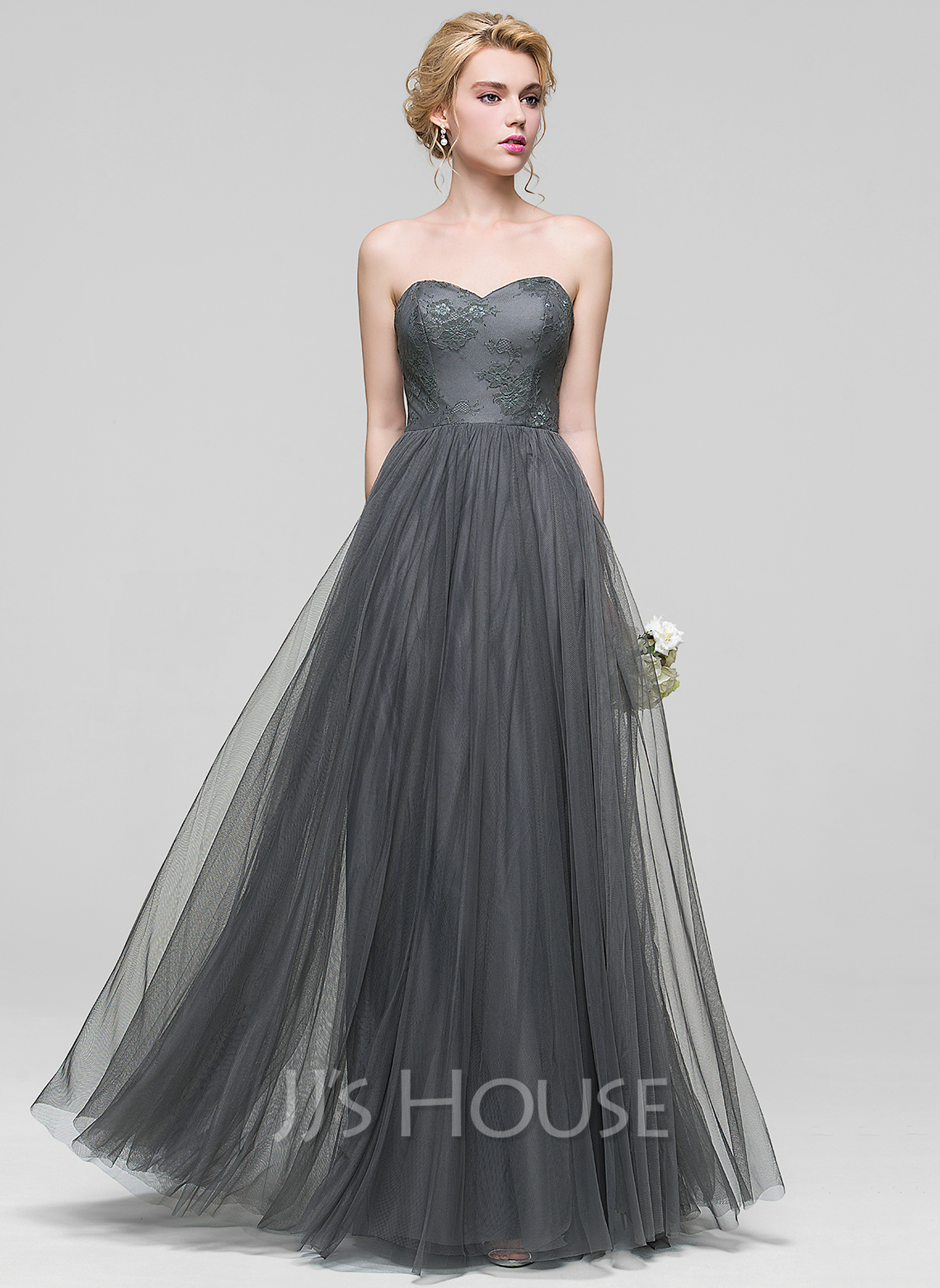 A-Line/Princess Sweetheart Floor-Length Tulle Bridesmaid Dress With Lace
