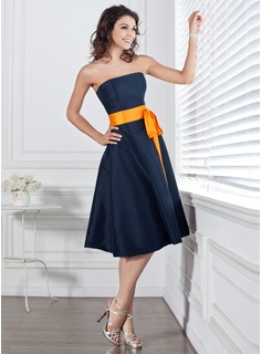 Taffeta Strapless Knee-length A-Line Bridesmaid Dress With Sash