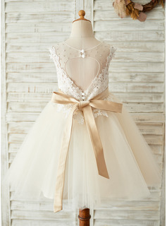 A-Line/Princess Knee-length Flower Girl Dress - Tulle/Lace Sleeveless Scoop Neck With Beading/Back Hole (Detachable sash)